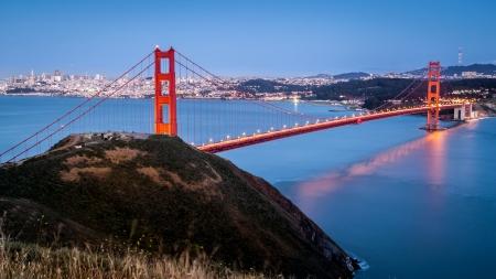 suspension bridge: Golden Gate Bridge after sunset