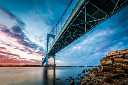 flushing: Bronx Whitestone Bridge at sunset Stock Photo