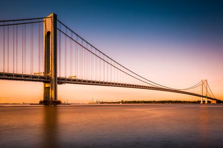 cable bridge: Verrazano-Narrows Bridge at sunset