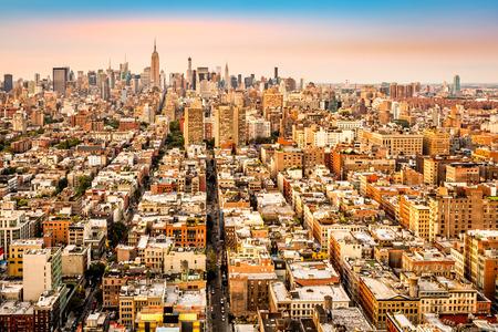 ニューヨーク市道ミッドタウンへの収斂を空撮。