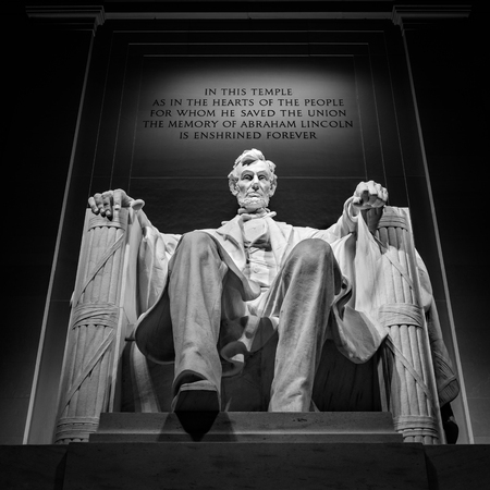 abraham lincoln: Abraham Lincoln monument in Washington, DC