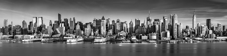 new york city panorama: Black and white New York City panorama