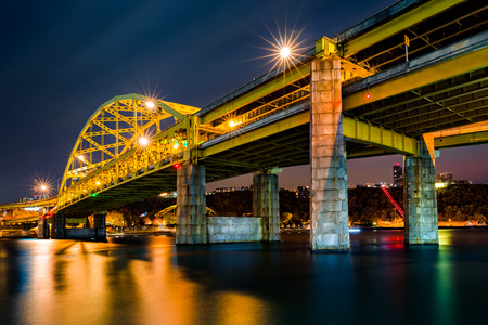 Fort Duquesne Bridge spans Allegheny river in Pittsburgh, Pennsylvania Stock Photo