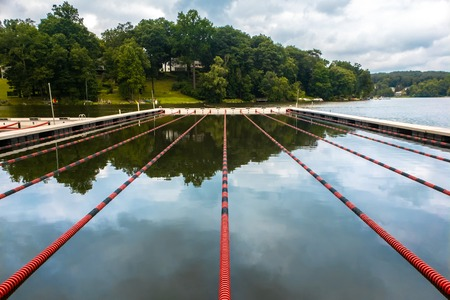 Swimming lanes on a lake, in Rockaway, Morris county, New Jersey Banque d'images - 108371826