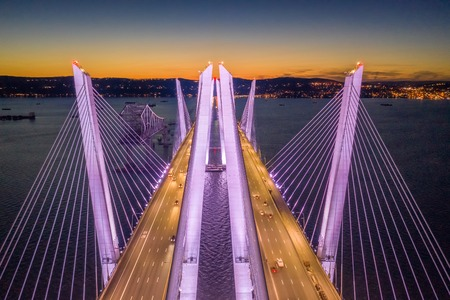 Aerial view of the New Tappan Zee Bridge, spanning Hudson River between Nyack and Tarrytown Banque d'images - 120564151