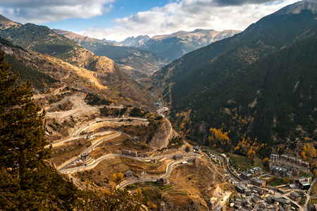 Aerial view of Canillo in Andorra. The Principality of Andorra is a sovereign landlocked microstate, located in the eastern Pyrenees mountains and bordered by Spain and France Banque d'images - 120564191