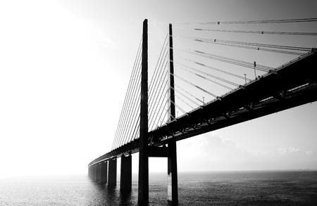 horizont: The Oresund bridge between Sweden and denmark