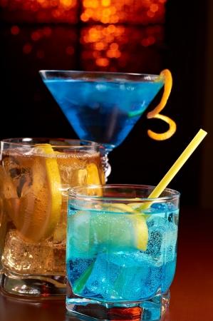 cocktail fruit: Tres c�cteles