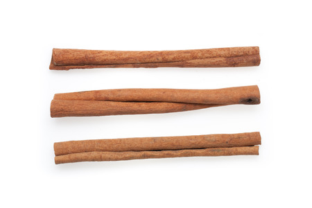 cinnamon isolated on white background. Standard-Bild