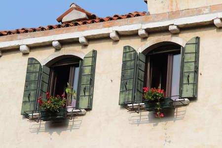 De Parel Huizen : Bella italia serie venetië de parel van italië windows van een