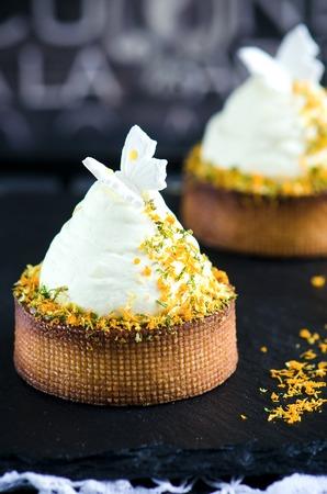 chantilly: Citrus tartlet with chantilly cream and lemon cream