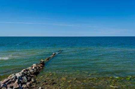 breakwater: Rompeolas en un mar B�ltico