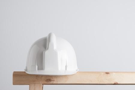 建設頭盔白色