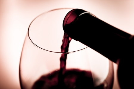 wineglasses: red wine tasting