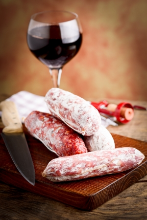 salami italiano y vino tinto photo