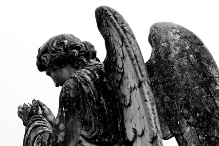 angel headstone: tombstone angel statue