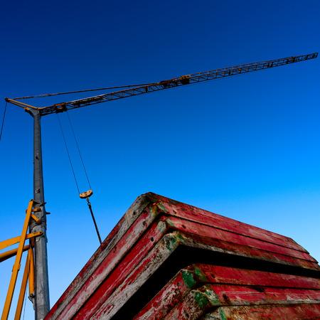 crane bucket: new road construction crane