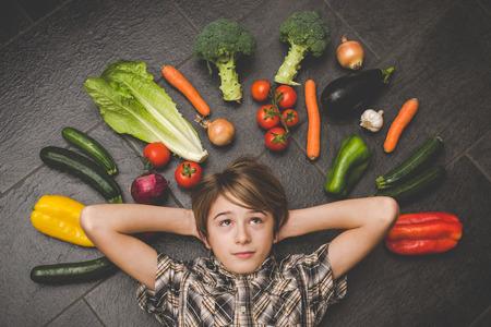 蔬菜在廚房裡 - 素食健康人