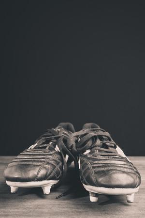 fútbol shoes- foto en blanco y negro Foto de archivo