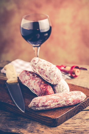 salami and red wine - italian food concept 版權商用圖片