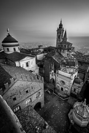 Bergamo medieval town - black and white image 版權商用圖片