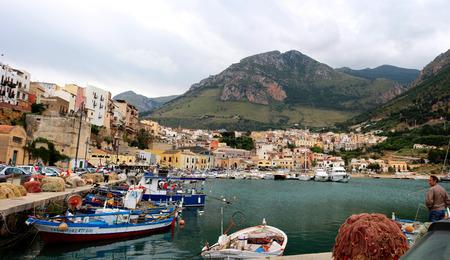 castellammare del golfo: Ports of Castellammare del Golfo and a drill