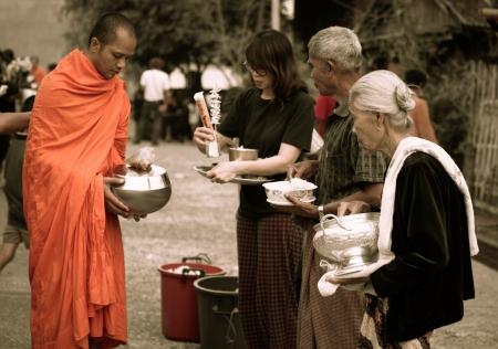 sangkhla buri: Buddhist way of life