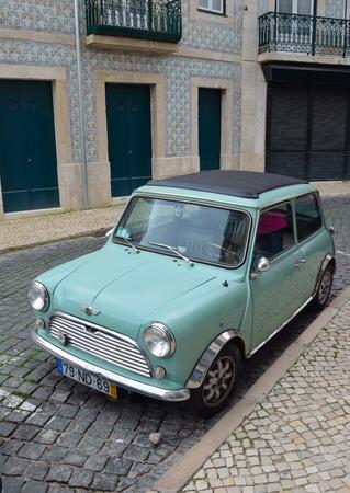 Classic Austin Mini Motor Car en bleu clair.