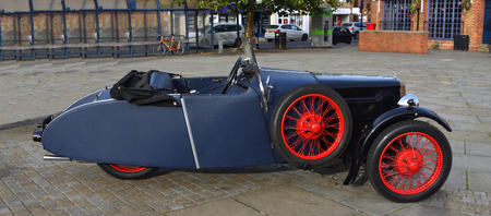 ST NEOTS, CAMBRIDGESHIRE, ENGLAND - OCTOBER 07, 2018: Vintage Blue BSA 3 Wheel Motor Car parked on town Square. Editorial