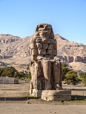 past civilizations: Statues of Amenhotep is all that remains of an ancient temple