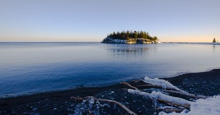Island in December on the North Shore of Lake Superior in Minnesota Imagens