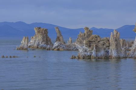 mono: Mono lake