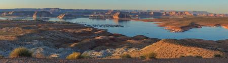 Lake Powell Houseboat Harbor Page Arizona Standard-Bild
