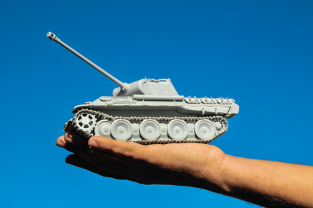 panzer: Old Ancient Vinatge Figurine Model Gray Tank From World War