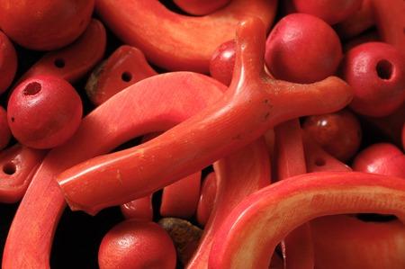 corallo rosso: Red Coral Stones Pronti per fare gioielli Handmade