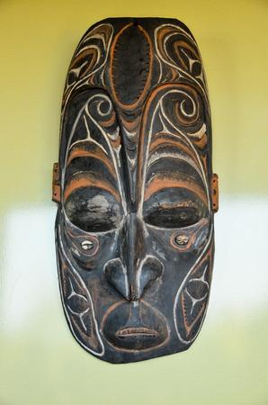 new guinea: Tipico di legno Maschera da Papua Nuova Guinea