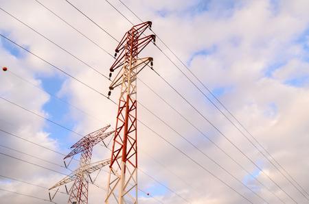 torres el�ctricas: Alto voltaje de transmisi�n el�ctrica Torre de Energ�a Pilones