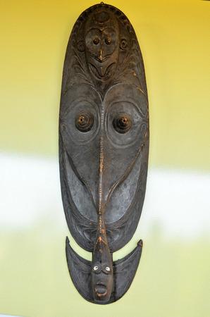 Nuova Guinea: Tipico legno Maschera da Papua Nuova Guinea Archivio Fotografico