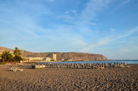 las vistas: Empty Tropical Beach in the Canary Islands