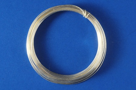 silver jewelry: Jewelry Silver Wire on a Colored Background