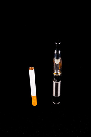 cig: Modern Metal Electronic Cigarette E Cig Vaporizer