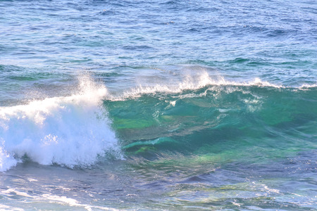 ocean and sea: Photo Picture of a BIg Wave in the Ocean