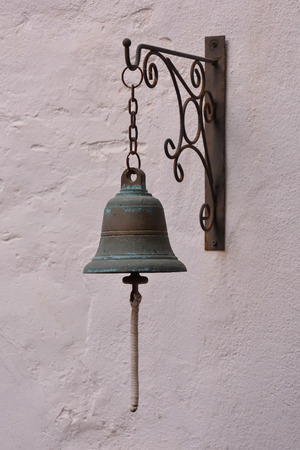 oxidated: Photo Picture of the Classic Metal Door Bell