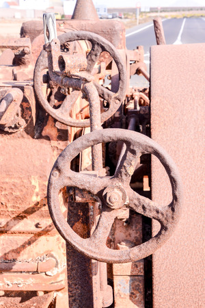 steam roller: An old antique rusty grunge vintage steam roller part