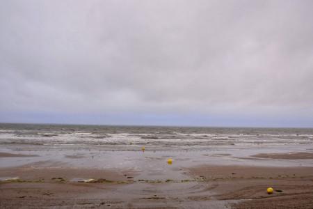美しい海の海岸の眺めの写真 写真素材