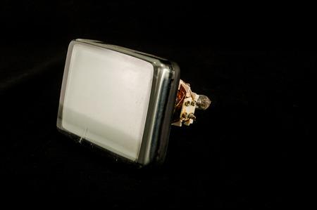 검정에 고립 된 오래 된 텔레비전 음극 튜브의 뒷면 스톡 콘텐츠