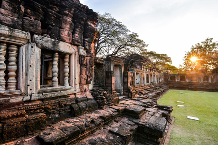 Beautiful photo picture of phimai thai ruins taken in thailand, Southeast Asia 免版税图像