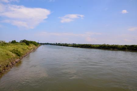 FotobildLandschaft des Po-Delta-Flusses in Italien Standard-Bild