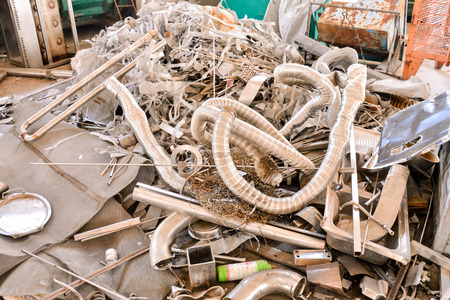 Photo Picture Heap of Scrap Metal Ready for Recycling Banco de Imagens
