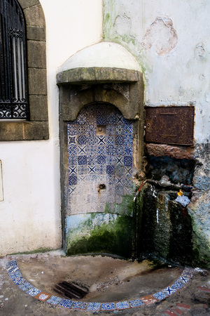 old door in wall, beautiful photo digital picture
